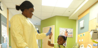 how to become a pediatric nurse